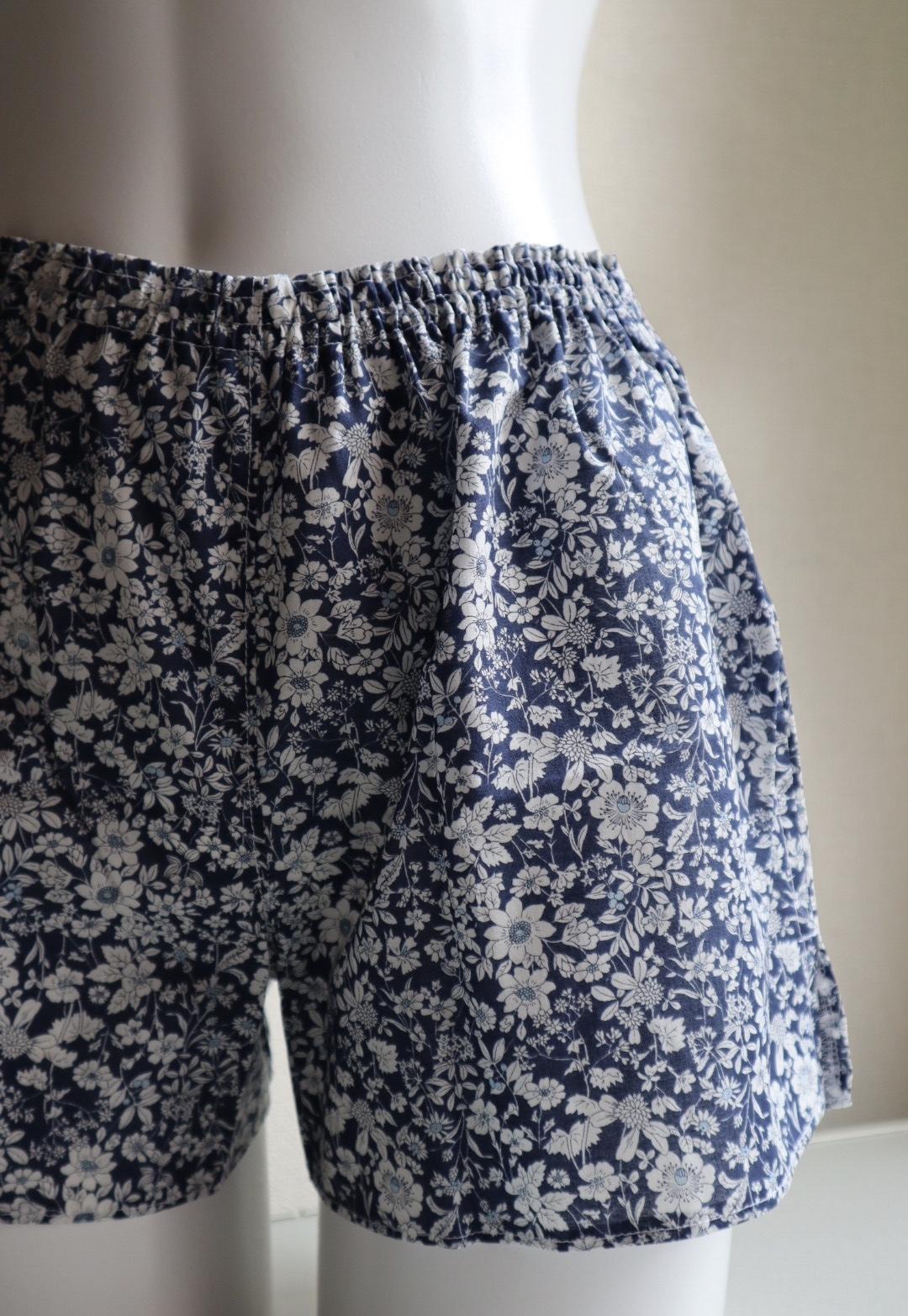 ショートパンツも天女の羽衣のように、軽い履き心地だったら良いな